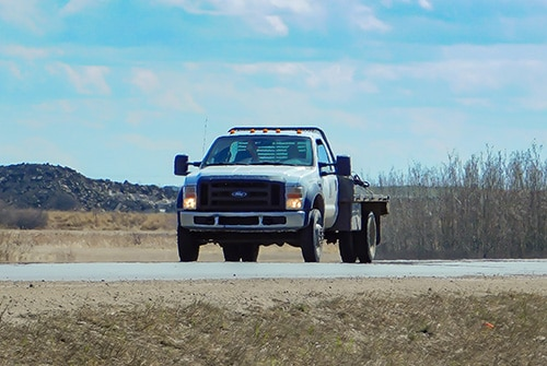 Flatbed hot shot truck Edmonton